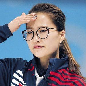 キムウンジョン カーリング メガネ 理由 美人 平昌 オリンピック 平昌オリンピック スキップ